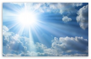 sun_and_white_clouds_in_the_sky-t2